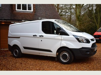 Ford Transit Custom Panel Van 2.2TDCI 270L1H1 ECO-TEC 125BHP 6 DOORS