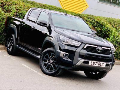 Toyota Hilux Pickup 2.8 D-4D Invincible X Double Cab Pickup Auto 4WD EU6 (s/s) 4dr