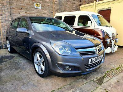Vauxhall Astra Hatchback 1.8 i VVT 16v SRi 5dr