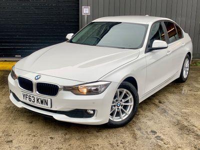 BMW 3 Series Saloon 2.0 320d EfficientDynamics (s/s) 4dr