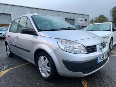 Renault Scenic MPV 1.4 16v Extreme 5dr