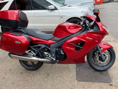 Triumph Sprint GT 1050 Sports Tourer 1050 GT SE