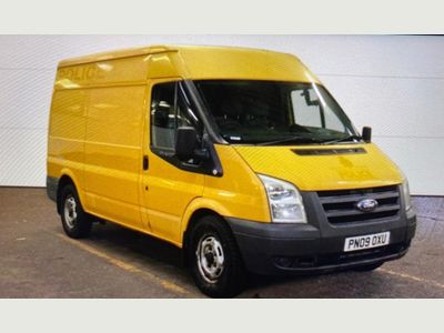 Ford Transit Panel Van 2.2 TDCi 330 Duratorq Medium Roof Van 3dr (LWB)