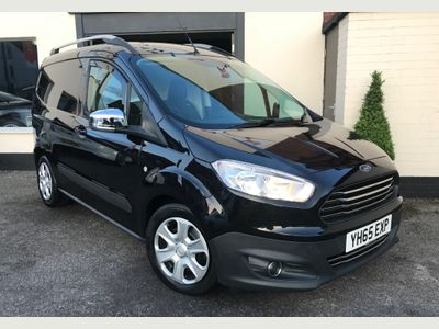 FORD TRANSIT COURIER Panel Van 1.5 TDCi L1 Trend FWD 4dr