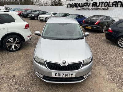 SKODA Rapid Spaceback Hatchback 1.2 TSI SE Tech Spaceback (s/s) 5dr