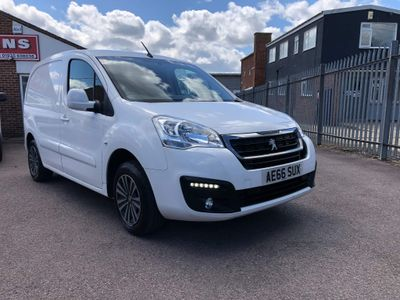 Peugeot Partner Panel Van 1.6HDi 75BHP 625 'LOOK' 5 Door Van