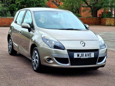 Renault Scenic MPV 1.5 dCi FAP Expression 5dr