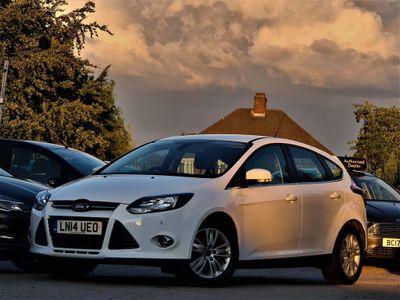 Ford Focus Hatchback 1.6 Ti-VCT Titanium Navigator Navigator Powershift 5dr