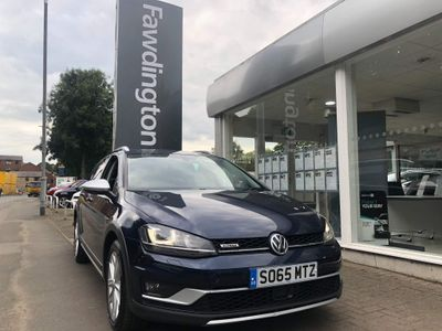 Volkswagen Golf Estate 1.6 TDI BlueMotion Tech Alltrack 4MOTION (s/s) 5dr