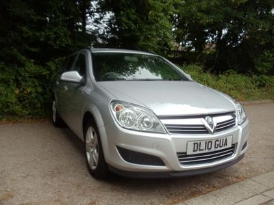 Vauxhall Astra Estate 1.6 i 16v Club 5dr
