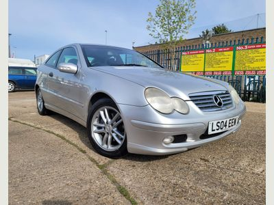 Mercedes-Benz C Class Coupe 2.1 C220 CDI Evolution Panorama SE 2dr