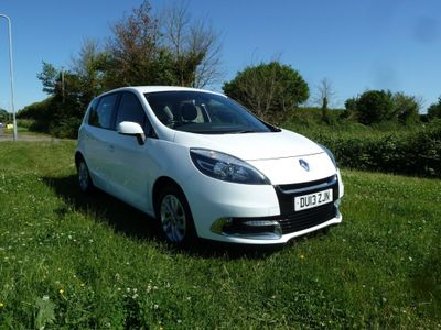 Renault Scenic MPV 1.5 dCi Dynamique TomTom (s/s) 5dr