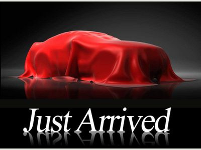 Toyota Urbancruiser Hatchback 1.33 VVT-i 5dr (EU5)