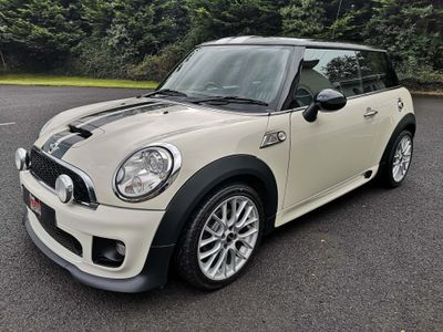 MINI Hatch Hatchback 2.0 Cooper SD 3dr