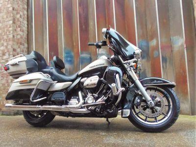Harley-Davidson Touring Tourer 1750 Ultra Limited
