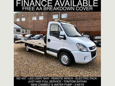 Iveco Daily Vehicle Transporter 2.3 td 35s11 automatic recovery truck