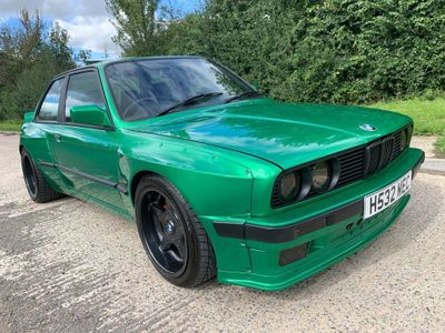 BMW 3 Series Saloon E30 M52B28 Manaul