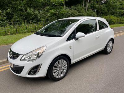 Vauxhall Corsa Hatchback 1.4 i 16v Excite 3dr (a/c)