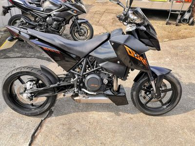KTM 690 Duke Unlisted