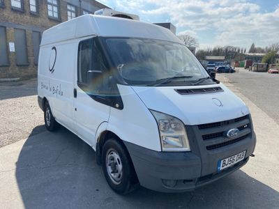 Ford Transit Panel Van 2.2 TDCi 260 Duratorq Medium Roof Van S 3dr (SWB)