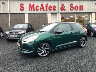 DS AUTOMOBILES DS 3 Hatchback 1.2 PureTech Connected Chic 3dr