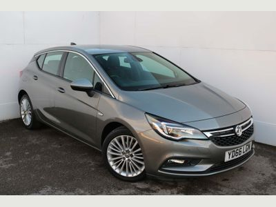 Vauxhall Astra Hatchback 1.6 CDTi BlueInjection Elite Nav (s/s) 5dr