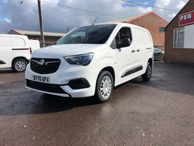 Vauxhall Combo Panel Van 1.5Turbo 100BHP Sportive 6DR Panel Van