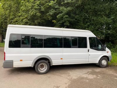 Ford Transit Minibus TRANSIT 100 17 SEATER RWD 2400CC