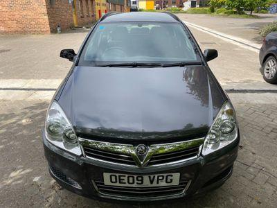 Vauxhall Astra Estate 1.8 i 16v Club 5dr