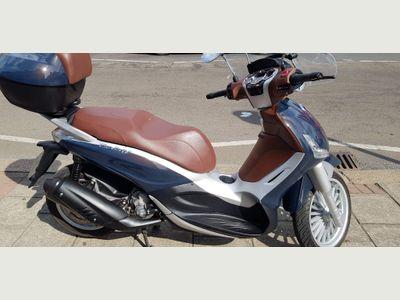 Piaggio Beverly Scooter 350 300