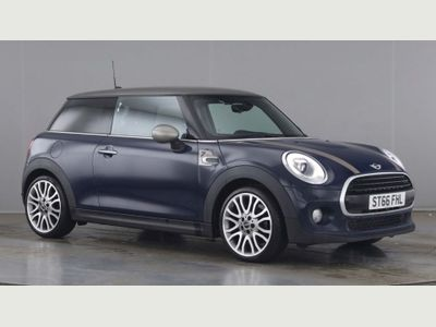 MINI Hatch Hatchback 1.5 Cooper Seven (s/s) 3dr