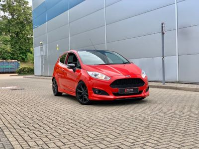 Ford Fiesta Hatchback 1.0 EcoBoost Zetec S Red Edition (s/s) 3dr