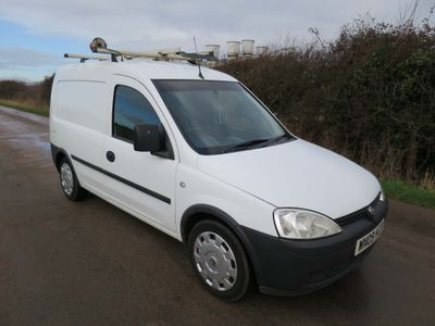 Vauxhall Combo Panel Van CDTi Combo Direct From BT