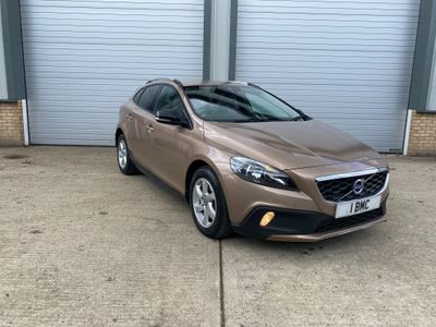 Volvo V40 Cross Country Hatchback 2.0 D3 SE Cross Country (s/s) 5dr
