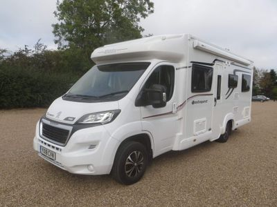 Elddis Autoquest 196 Motorhome 1 owner from new & only 5024 miles drop down bed