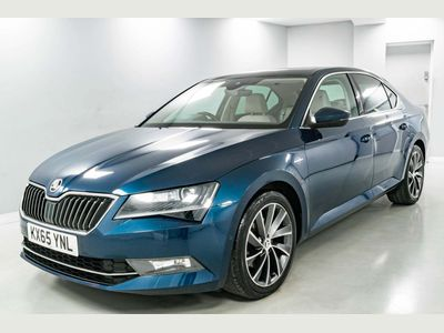 SKODA Superb Hatchback 2.0 TDI CR DPF Laurin & Klement (s/s) 5dr