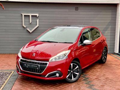 Peugeot 208 Hatchback 1.2 PureTech Allure Premium (s/s) 5dr