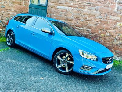 VOLVO V60 Estate 1.6 D2 R-Design (s/s) 5dr