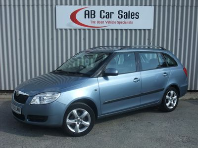 SKODA FABIA Estate 1.6 16v 2 5dr