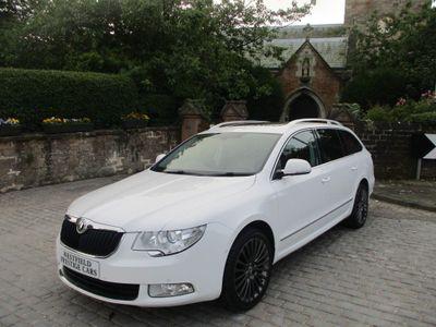 SKODA Superb Estate 3.6 V6 Laurin & Klement DSG 4WD 5dr