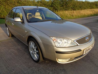 Ford Mondeo Hatchback 2.0 TDCi Ghia X 5dr