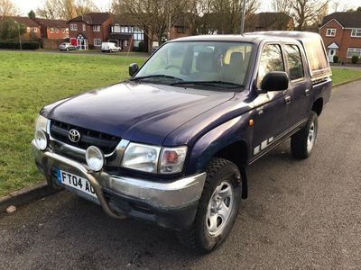 Toyota Hilux Pickup 2.5 D4-D 280 EX DOUBLE CAB 4X4 PICK UP