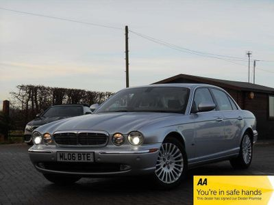 Jaguar XJ Saloon 4.2 XJ8 Sovereign 4dr