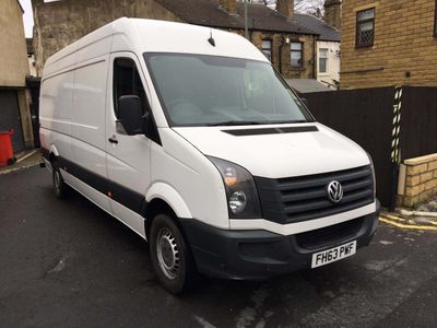 Volkswagen Crafter Panel Van 2.0 TDI BlueMotion Tech CR35 High Roof Van 4dr (LWB)