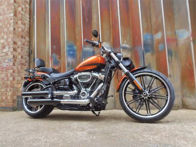 Harley-Davidson Softail Custom Cruiser 1870 Breakout 114