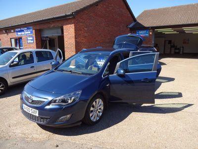 Vauxhall Astra Estate 1.4 i 16v Turbo SE 5dr