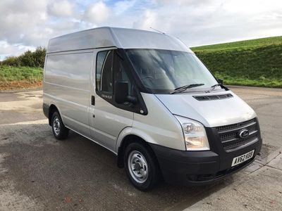 FORD TRANSIT Panel Van 2.2 TDCi 260 S Medium Roof Van 3dr (EU5, SWB)