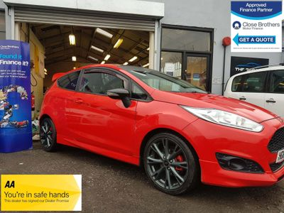 Ford Fiesta Hatchback 1.0 T EcoBoost Zetec S Red Edition (s/s) 3dr