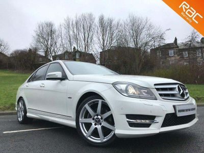 Mercedes-Benz C Class Saloon C180 SPORT BLUEEFFICIENCY AUTO