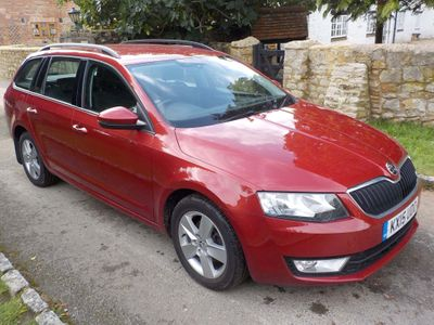 SKODA Octavia Estate 2.0 TDI CR SE 4x4 5dr
